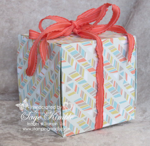Handmade gift box made with the Gift Box Punch Board from Stampin' Up!